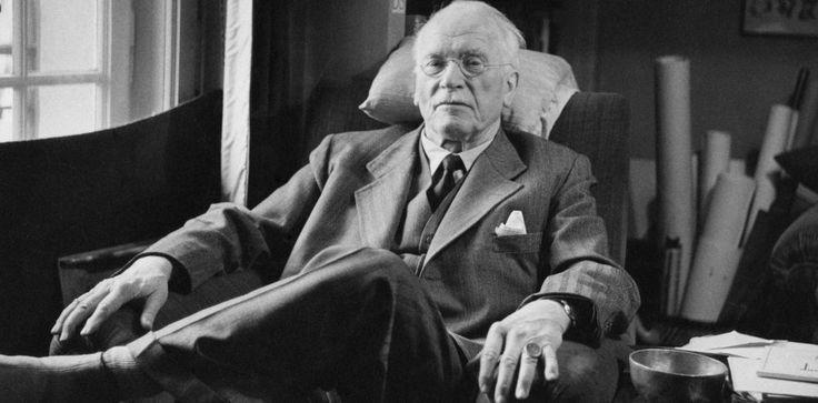 Мисли на Карл Юнг, които ще ни помогнат да разберем самите себе си - https://www.diana.bg/misli-na-karl-yung-koito-shte-ni-pomognat-da-razberem-samite-sebe-si/