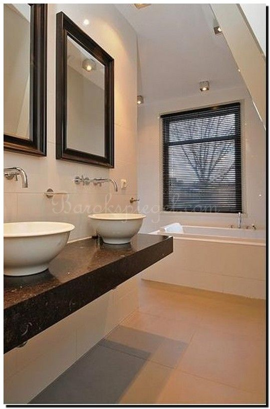 Geef je badkamer stijl met deze moderne zwarte spiegels. http://www.barokspiegel.com/zwarte-barok-spiegels/zwarte-spiegel-modern-enzo
