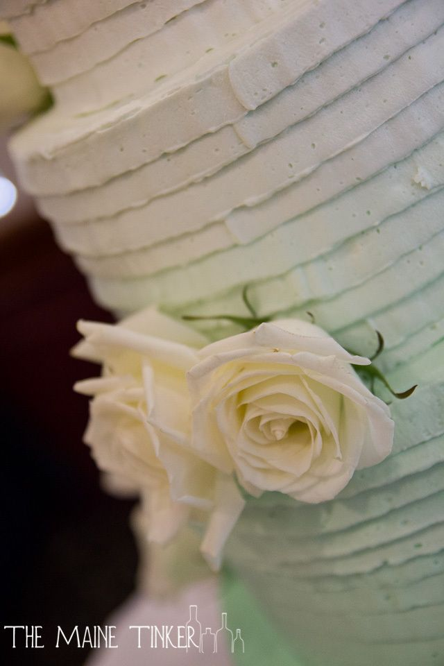 green ombre wedding cake detail. Maine Wedding photographer,  www.themainetinker.com
