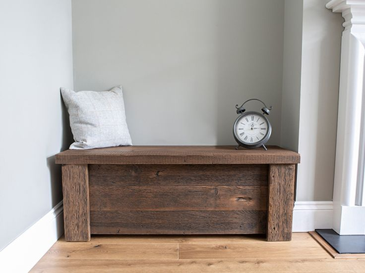 rustic wooden Hudson blanket box #eatsleeplive #reclaimedwood #bedroom