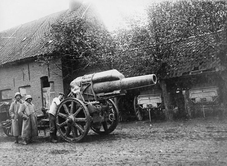 GERMAN ARMY WESTERN FRONT 1917 (Q 55194)   A 21cms gun in De Ruiter, south west of Roulers.