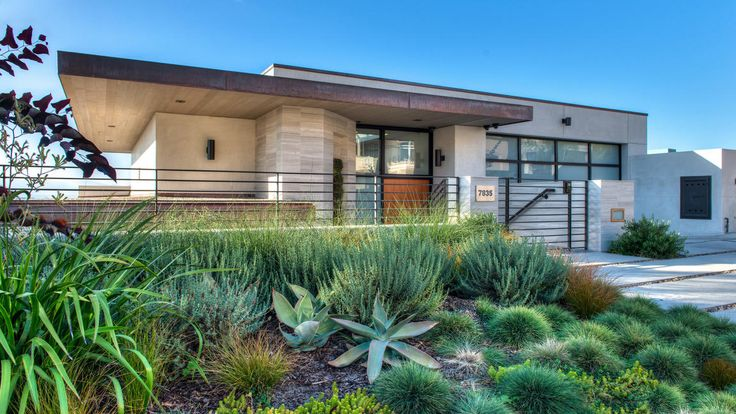 Home of the Day: Kwame Brown haunt in Playa del Rey