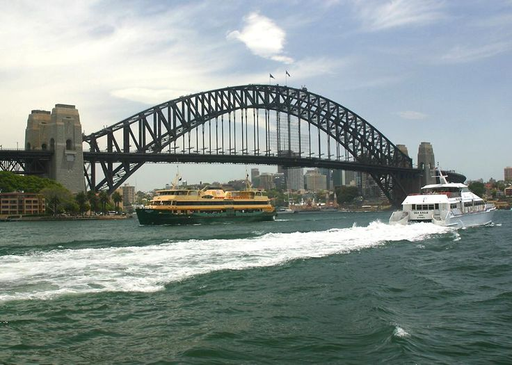 Sydney Harbour Bridge during the day - If you would like to know anything about immigrating to Australia, please get in contact with us at www.fclawyers.com.au