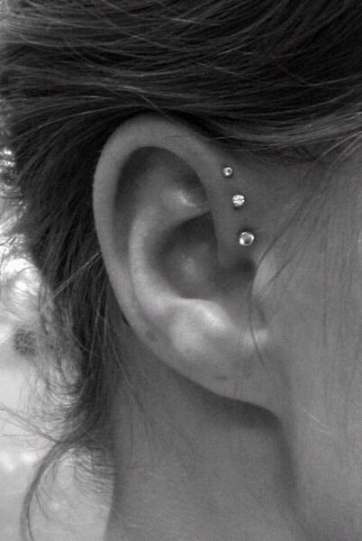 i WANT this!: Style, Piercing Idea, Ear Piercings, Triple Helix, Tattoos Piercings, Triple Forward Helix, Helix Piercing