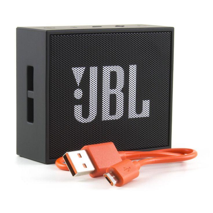 Com tamanho extremamente compacto, O alto-falante JBL Go proporciona um som poderoso e deimpacto. Leva o quociente de entretenimento superior com a sua saída de áudio eficaz, que vem em uma faixa de preço acessível. Este alto-falante é projetado com abordagem minimalista ao tamanho e é facilmente transportável. Você pode carregá-lo para piqueniques em família, festas na praia, praticar esportes ou para a sua caminhada para para manter-se entretido. A beleza deste alto-falante JBL é que ele…