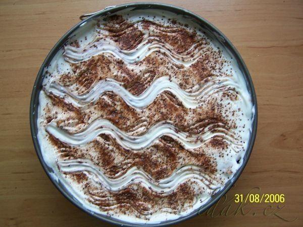 Píďák.cz - Recept - Vynikající dort ze zakysaných smetan - rychlovka - nepečený