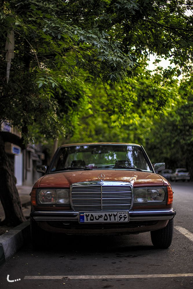 224 best images about mercedes benz w 123 sedan e class for Mercedes benz paint colors