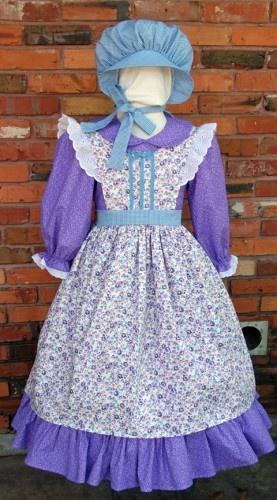 Laura Ingalls type dress idea.....
