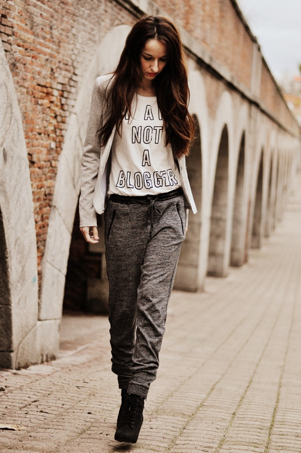 Never knew sweatpants could look so chic