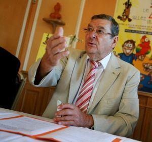 La cour d'appel d'Aix-en-Provence a confirmé mercredi la condamnation de Gérard Grosgogeat à quatre mois de prison avec sursis pour prise illégale d'intérêt.
