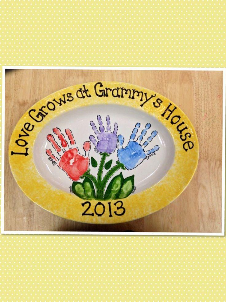 17 best ideas about color me mine on pinterest pottery for Handprint ceramic plate ideas
