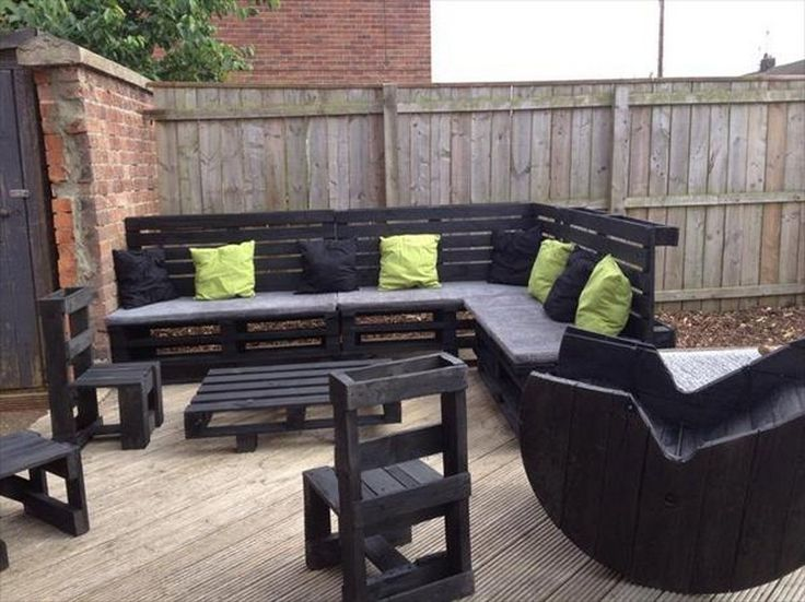 DIY pallet sectional sofa - Pallet Patio Furniture | Pallets| Pallets for when we have our nice deck! Description from pinterest.com. I searched for this on bing.com/images