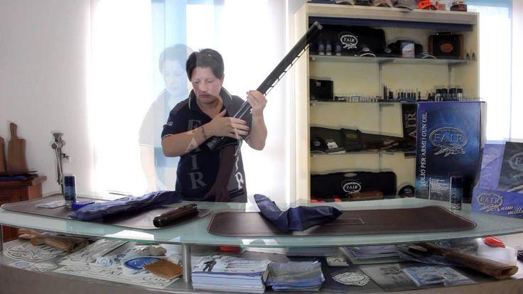 Assemblaggio fucile sovrapposto   Over/Under Shotgun Assembly.