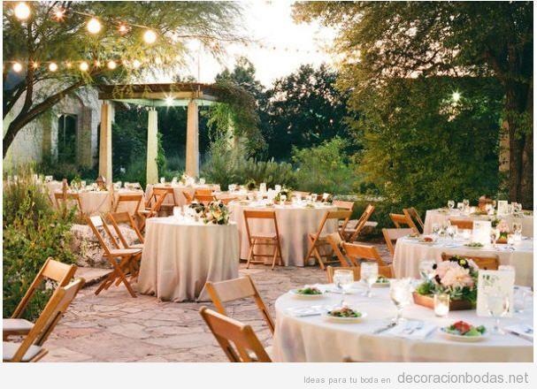 Decoración sencilla para una boda en jardín o en exteriores