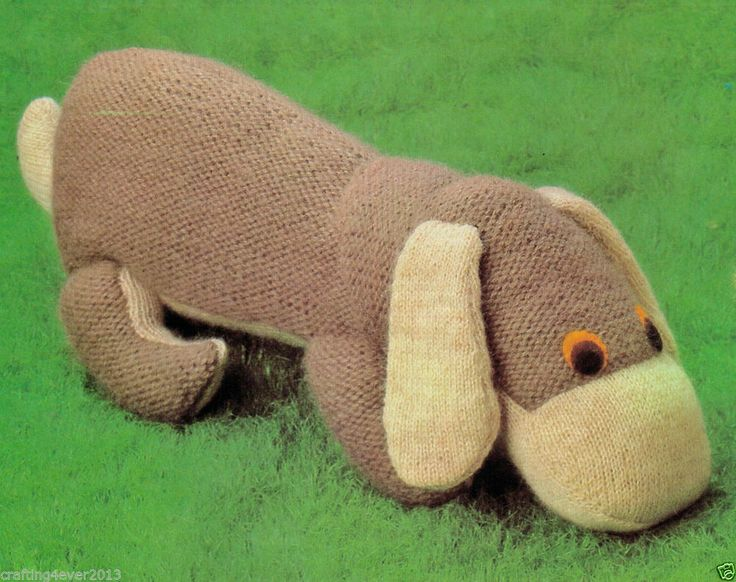 VINTAGE LYING DOWN BROWN DOG CUDDLY ANIMAL TOY SIZE 47 CMS 4PLY KNITTING PATTERN