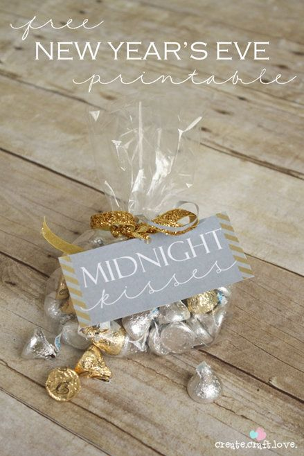 super cute printable for new years eve great idea if you want a take away at the door for your guests as they are leaving