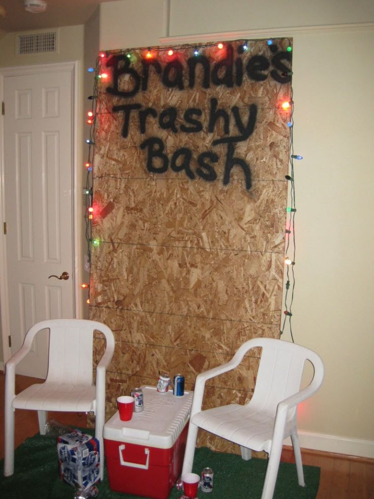 @Merilin Juronen Thomas we should set this up like a back drop at the party and i'll take pics : )  hilarious!  White Trash Party... I will need to have one of these!!
