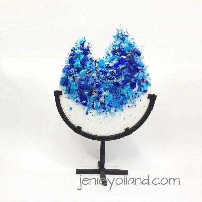 Cobalt Geode by Jenie Yolland love these geodes.