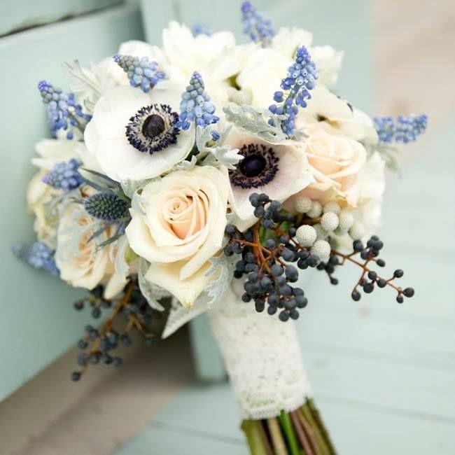 the knot. blue bouquet