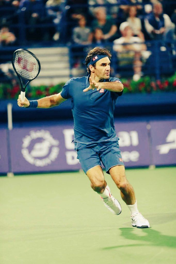 Pin By Pati Gallogly On Perfect Roger Federer In 2020 Tennis Clothes Best Tennis Rackets Roger Federer