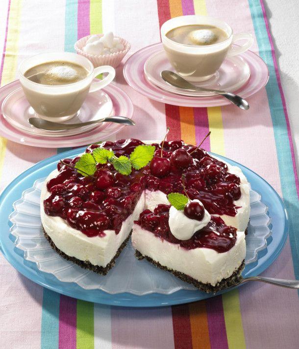 Unser beliebtes Rezept für Pumpernickel-Kirsch-Schmand-Torte und mehr als 55.000 weitere kostenlose Rezepte auf LECKER.de.