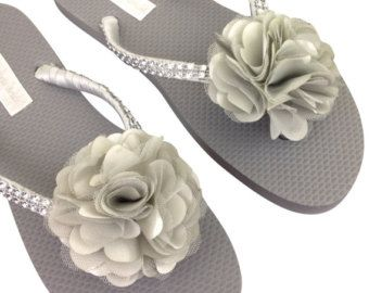 Gris Flip Flops  Dama de honor chanclas  por APricelessPrincess