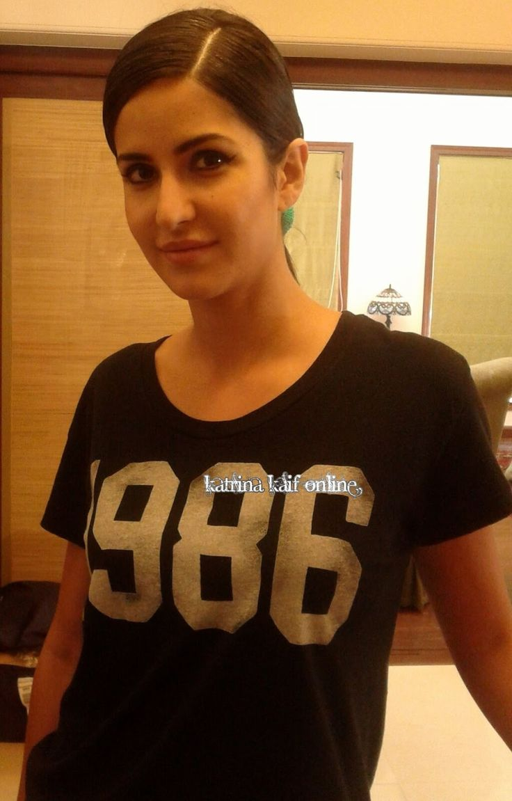 Katrina Kaif Without Makeup is still the most Beautiful !!!