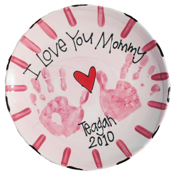 Make It Monday - Easy Motheru0027s Day Handprint Plate Tutorial  sc 1 st  Pinterest & 25 best Motheru0027s Day Gift Ideas images on Pinterest | Hand painted ...