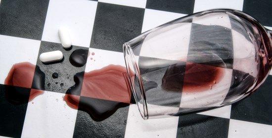 Come combattere la dipendenza dall'alcol e da alcolici http://www.curarsialnaturale.it/combattere-la-dipendenza-da-alcol-13368.html