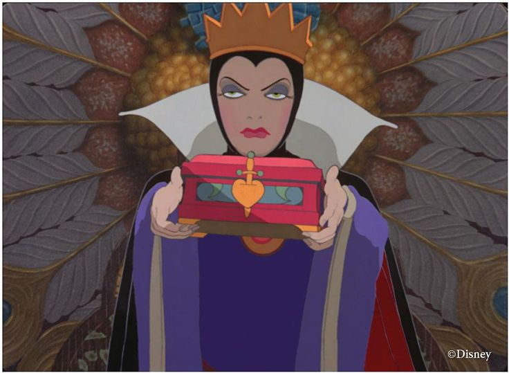 *EVIL QUEEN ~ Snow White and the Seven Dwarfs, 1937