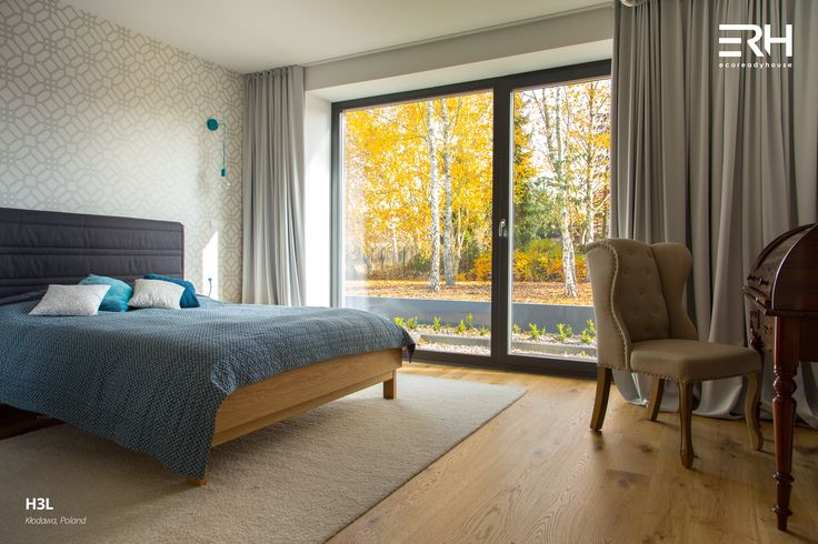 House H3L in Kłodawa, Poland #architecture #design #modernarchitecture #dreamhome #home #house #modernhome #modernhouse #moderndesign #homedesign #homesweethome #scandinavian #scandinaviandesign #lifestyle #bedroom #bed #stylish #bigwindows #interior #interiors #homeinterior #pastel #dressingtale #navyblue #turquoise #woods #comfortzone #cozy #white #decor #openspace #autumn #nature #view #ecoreadyhouse #erh