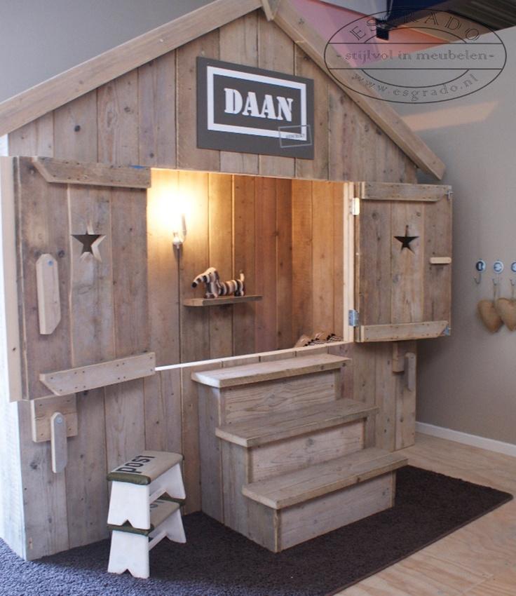 25 beste idee n over houten pallet bedden op pinterest - Modern bed volwassen ...