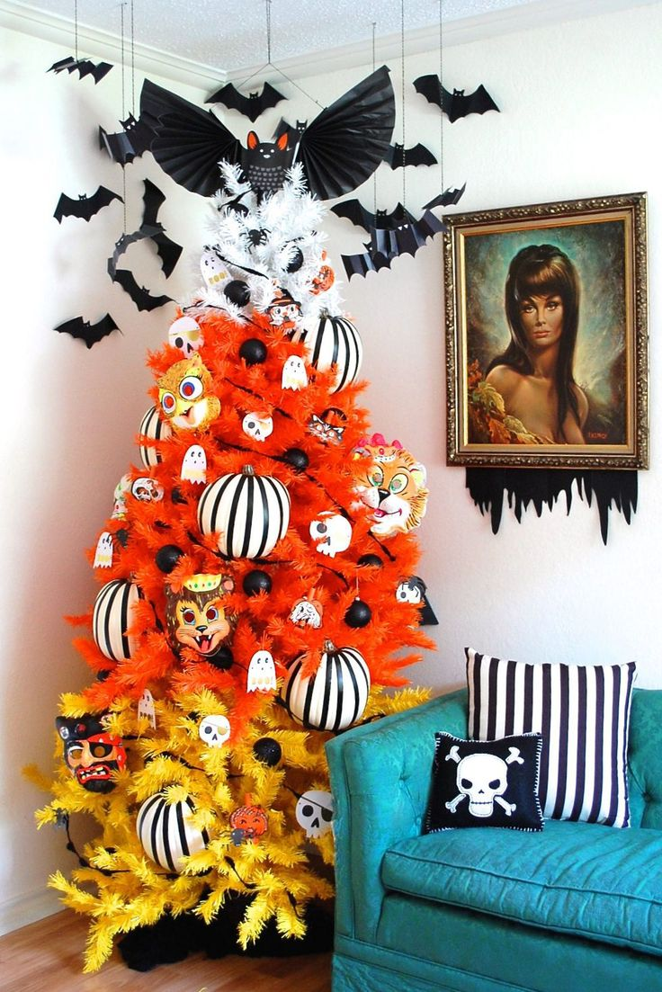 15 Halloween Tree DIY Decorations - How to Make a Halloween Tree and Ornaments