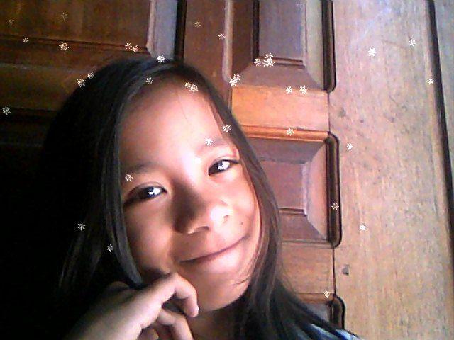 selfiee... #hapsun #smile #likeforlike #shareforshare #mee #webcame #pinterest