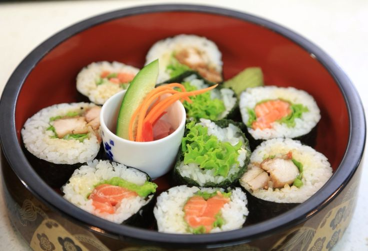 Sushi time......!! @sachieskitchen #sushi #sachieskitchen #enak #yummy #nomnom #lezat #kuliner #sedap #makanan #makan #makanmalam #dinner #foodie #foodgasm #foodie #newzealand #nz #luxurynz #nzmustdo #igers #traveler #getaway #delicious #tasty