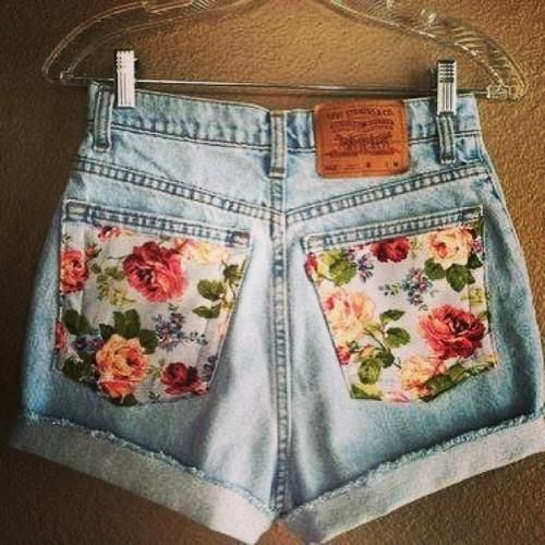 Late in the Day. #trend #floral #washeddenim