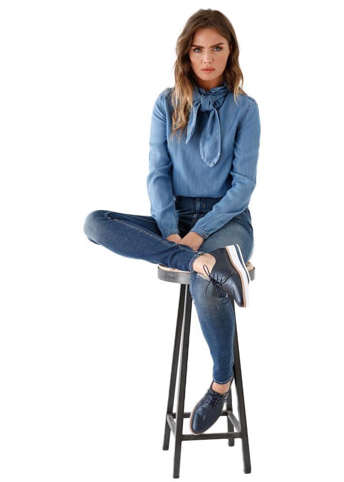 Garcia denimskjorte I70030 Ladies Shirt LS - light blue vintage