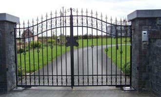 If you're looking for a way to add both style and security to your home, you can't do better than our driveway gates! For more information, visit website or give us a call on (03) 9357 2145