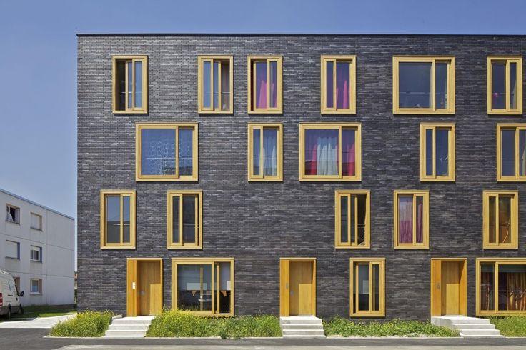 Hollande Béthune Social Housing / FRES Architectes #brick #wood