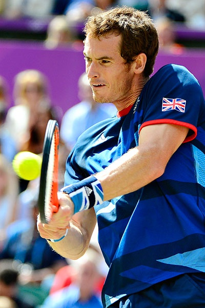 Article:  Andy Murray defeats Roger Federer in straight-sets and claims Olympic gold for Great Britain.