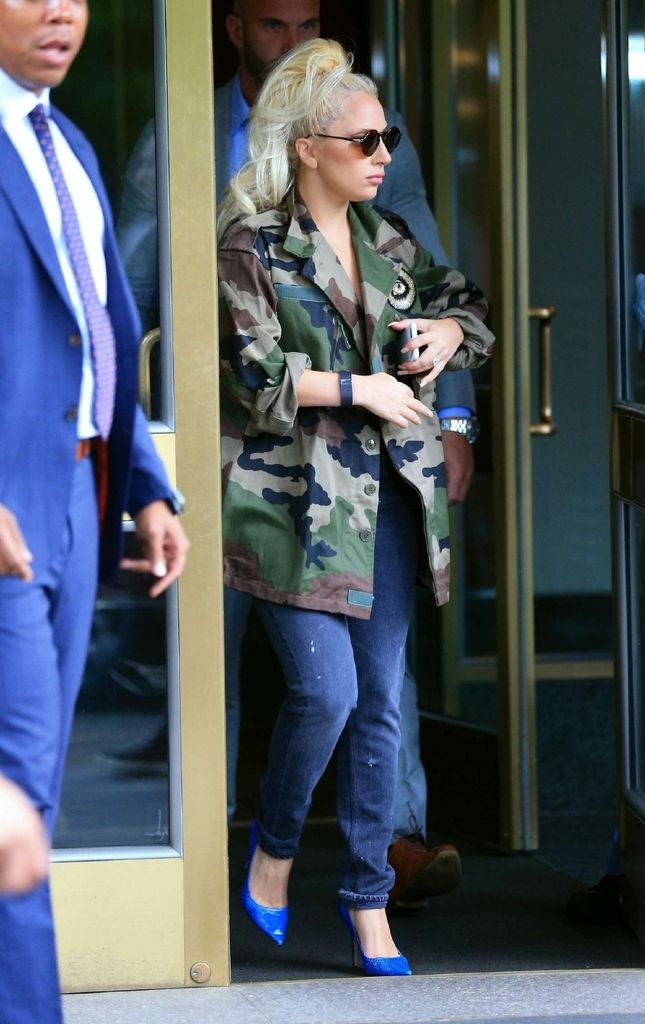 Lady Gaga out in Army Look in New York : Global Celebrtities (F) FunFunky.com