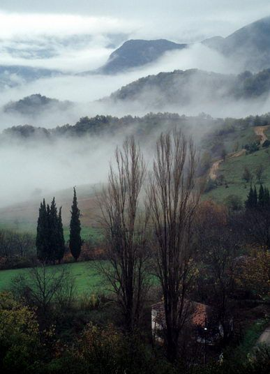 winter in greece http://www.house2book.com/