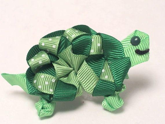 Turtle hair bow