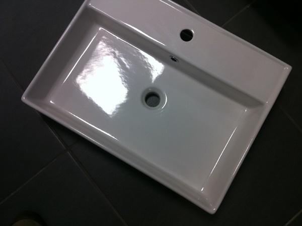 Scarabeo Teorema Bathroom Basins, in various dimensions - 30X30cm, 39X39cm, 42X41cm, 41X23cm, 46X46cm, 60.5X38.5cm, 60X46cm, 100X46cm