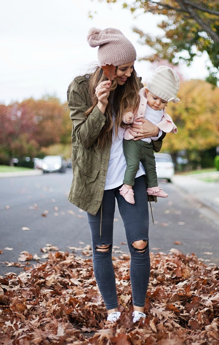Falling in Love with these easy everyday fall looks! | fall fashion for the family | fall style for the family | kids fall fashion | fall outfit ideas | what to wear for fall | fall fashion ideas || The Girl in the Yellow Dress #fallstyle #fallfashion #womensfashion #falloutfit