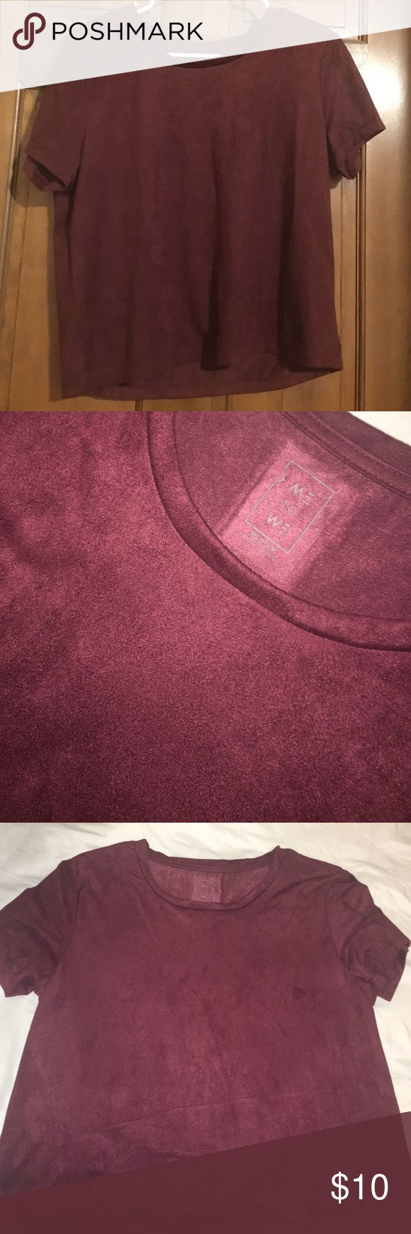 Maroon velvet T-shirt from Pacsun Super soft velvet Tee that's in perfect condition, only worn once. PacSun Tops Tees - Short Sleeve