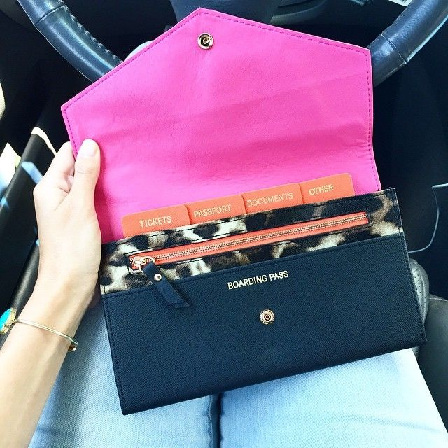 Traveling soon? Get this $30 wallet to keep you organized! Comes in 3 colors!