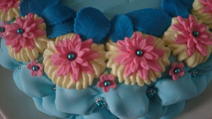 gumpaste flowers close up