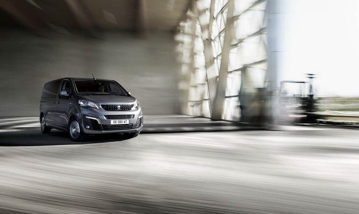 Новый премиальный минивэн Peugeot Traveller скоро в Украине