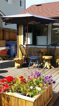 Back Patio, Cedrick's Coffee House | 1610 Joan Avenue, Crofton, British Columbia, Canada